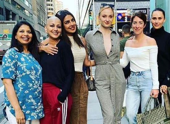 Priyanka to enjoy a girls' day out with Sonali Bendre and Sophie Turner!
