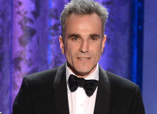 Daniel Day-Lewis announces retirement from films!
