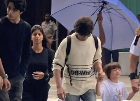 SRK to reach Maldives with kids AbRam, Suhana and Aryan for a vacation!