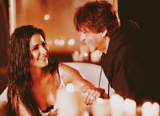 SRK to praise Katrina for her hot look in Zero's Husn Parcham!