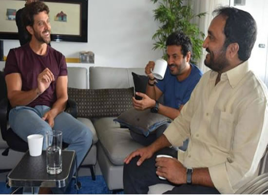 Hrithik meets Vikas Bahl and mathematician Anand Kumar for Super 30!