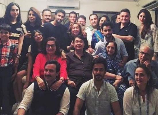 Kareena, Saif and Karisma pose with the entire Kapoor khandaan!