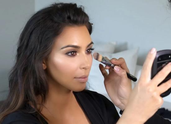 I was really tan, says Kim on blackface accusation!