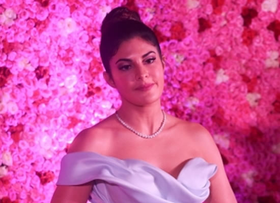 Jacqueline Fernandez feels extremely sad on blasts in Sri Lanka!