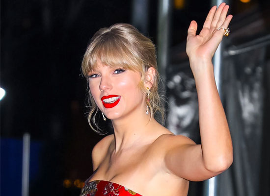 Taylor Swift to thank a nurse for serving on the front lines amid the ongoing pandemic!